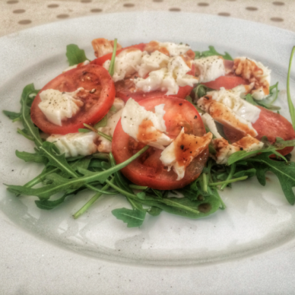Rocket, tomato and mozzarella salad
