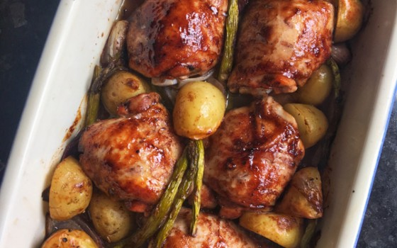 Sticky Chicken Tray Bake